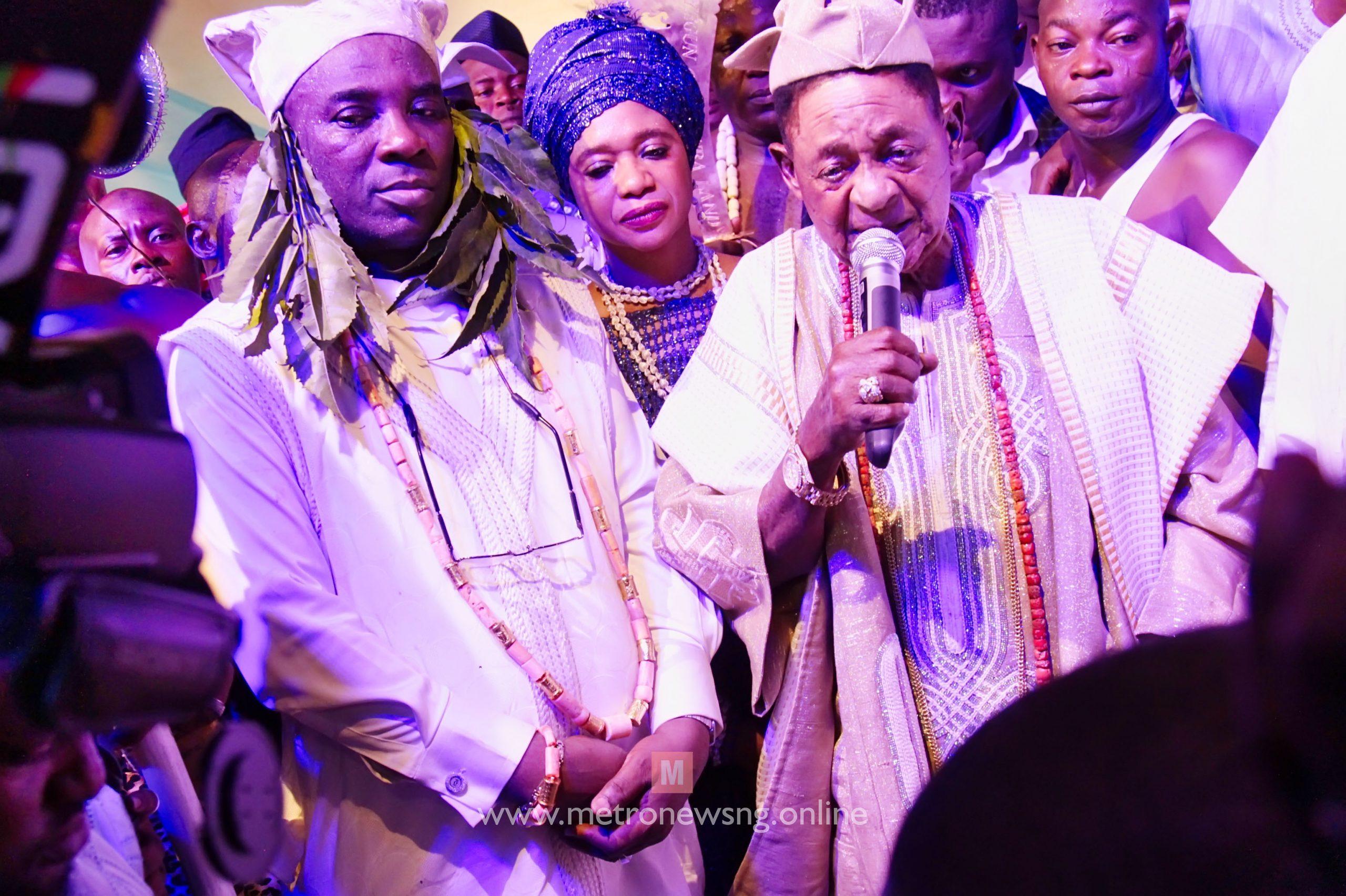 K1 shuts down Oyo as Alaafin installs Maiyegun of Yorubaland (Photos)