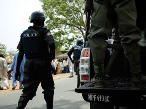 'Release our leader!' Two dead as Shi'ites, police face off in Kaduna