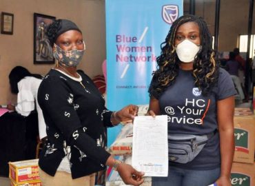 'Women giving back' Stanbic IBTC's BWN reaches out to less privileged