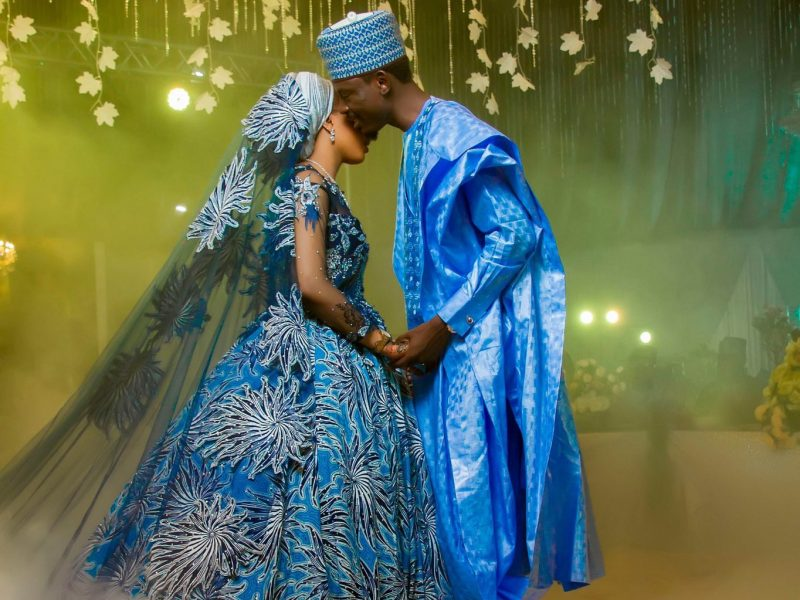 'Lovely' Bashir Ahmad marries fiancee (Photos)