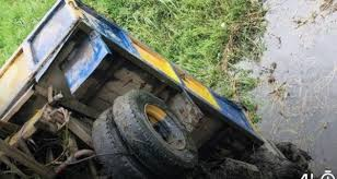 Truck plunges into Lagos river