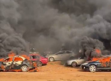 'Vandalisation' Police arrest thugs who set cars ablaze in Abuja