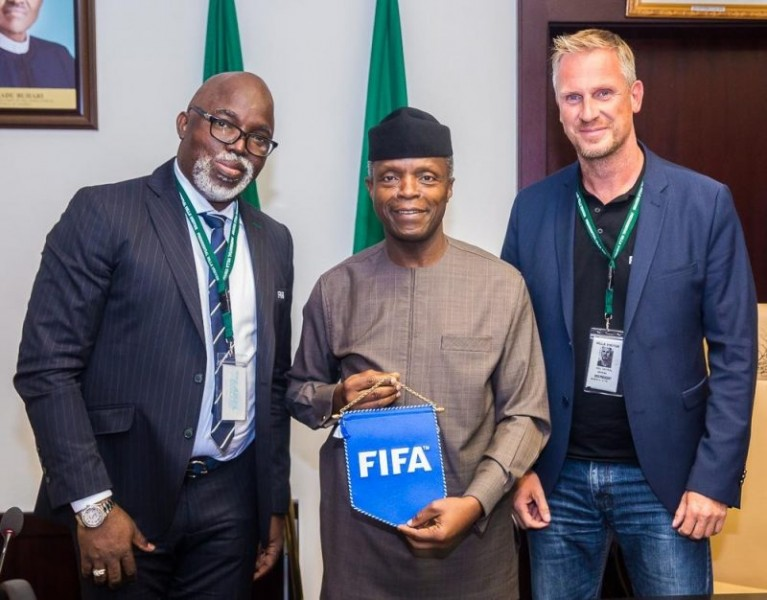 'You have our support' Federal government endorses Pinnick's FIFA ambition