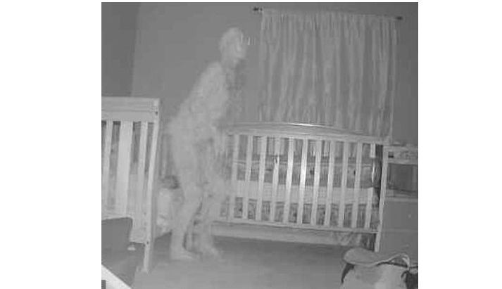 'Supernatural happenings' Grandma terrified after seeing figure stand over toddler's bed (Photos)
