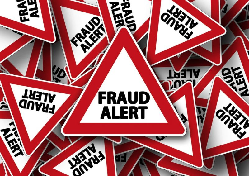 'Counting losses' Man scammed by fake bank representative goes to bank for refund (Video)