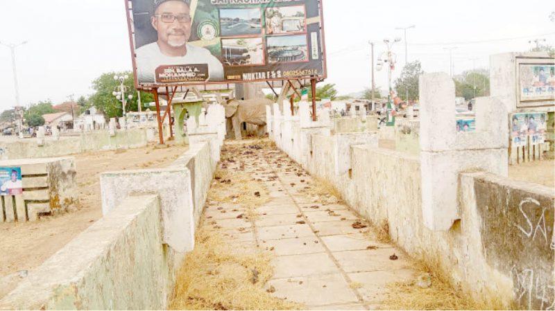 'Without shame' Citizens turn Bauchi roundabouts to public toilets