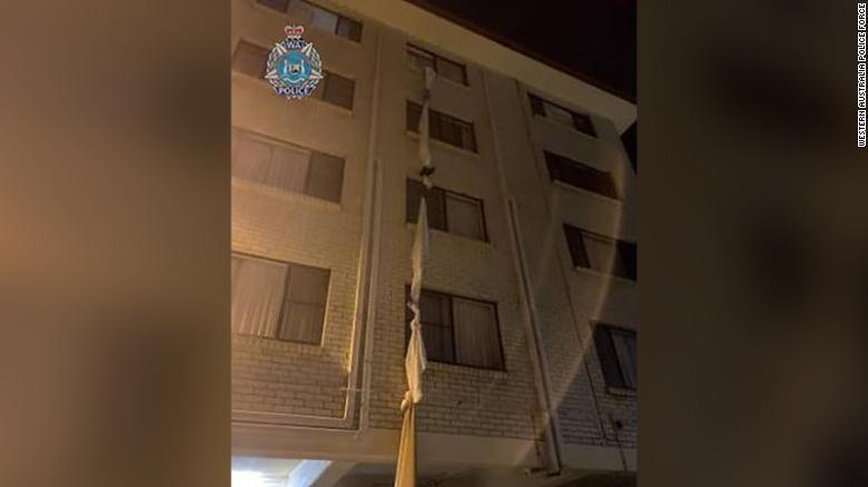 'Escaped!' Man flees Covid quarantine using bed sheet