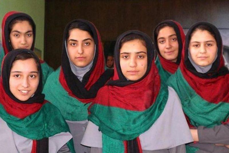 'Afghan takeover' Afghanistan girls return to school