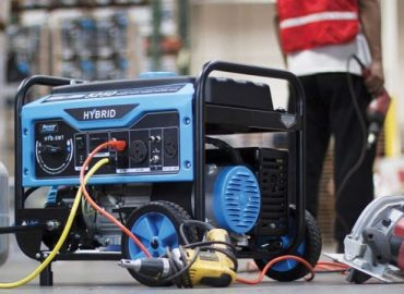 'Troublesome!' Neighbor adds salt into man's generator to stop it from making noise, owner laments (Video)