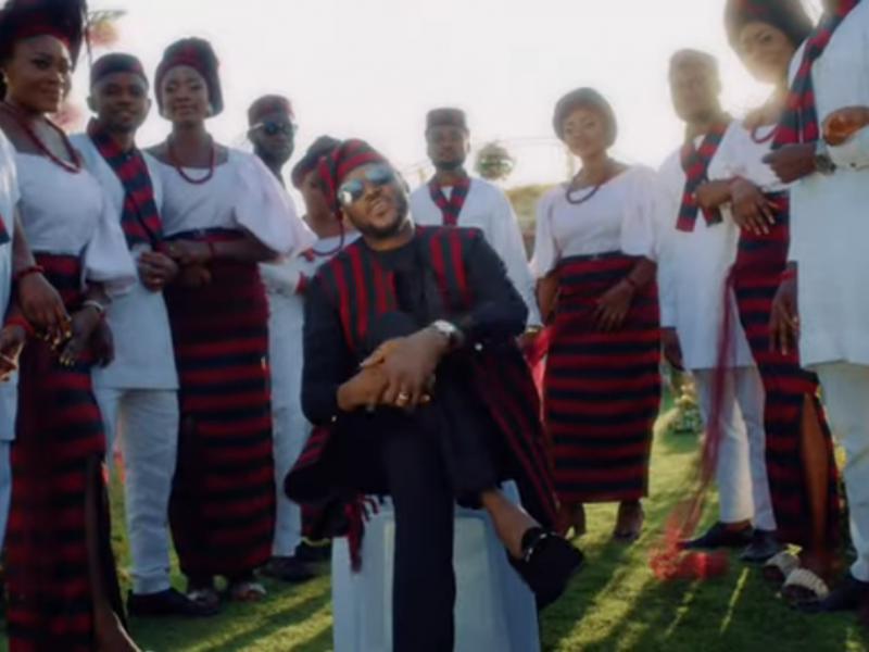 'Turns gentlemen to touts' 2Baba searches for new love with Bongos Ikwue (Video)