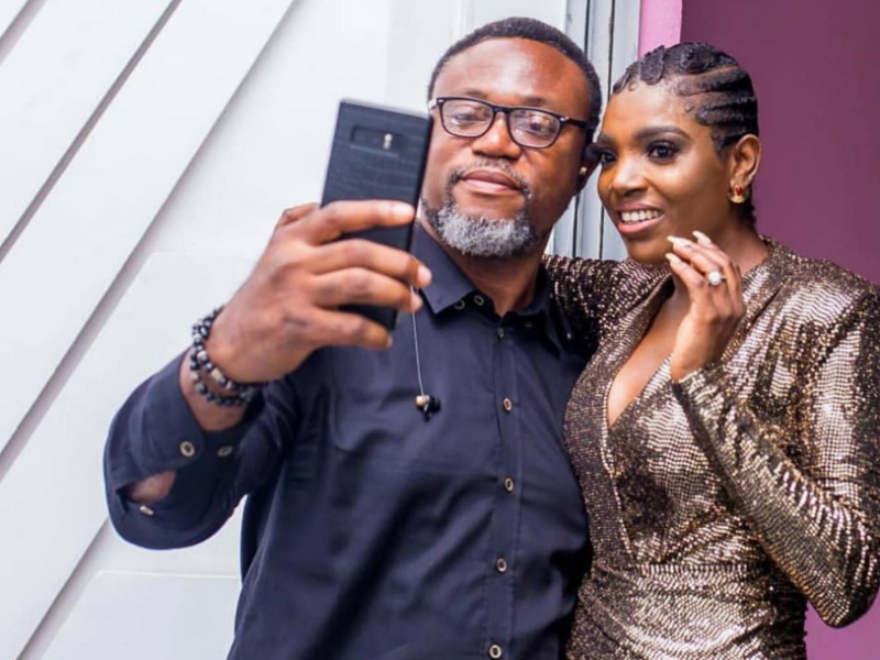 'You watched me grow' What's really between 2Baba's manager, Efe Omoregbe, and Annie Idibia? (Photo)